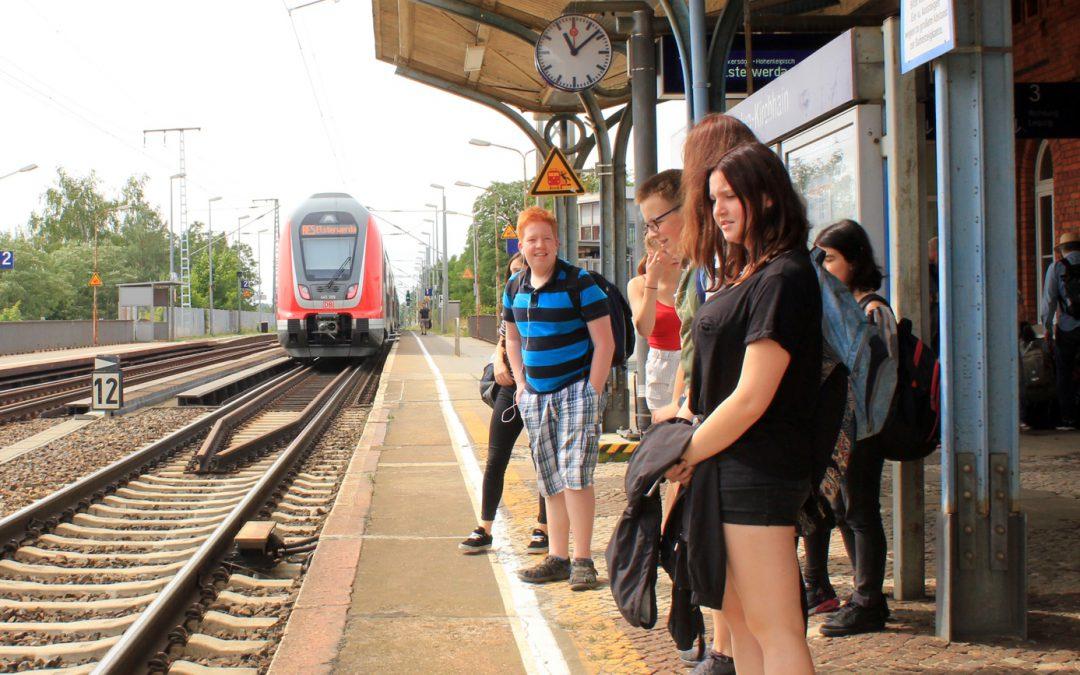 Sommerzeit! Ferienzeit! Reisezeit! – Schülerferienticketzeit!